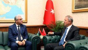 Bakan Akar, Libya İçişleri Bakanı Bashaagha ile bir araya geldi