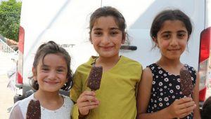 'Dondurma Yemeyen Çocuk Kalmasın' Şenliği