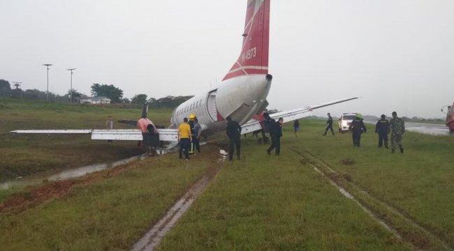 Şiddetli sağanak uçağı pistten çıkardı