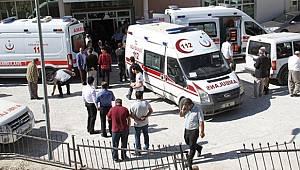 Hakkari'de Servis Aracı Devrildi. 2 Ölü Var