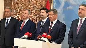 Son dakika! Ahmet Davutoğlu AK Parti'den istifa etti