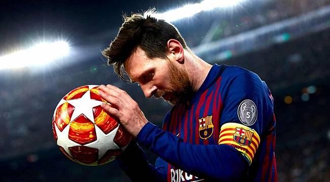 Yılın futbolcusu Lionel Messi oldu!