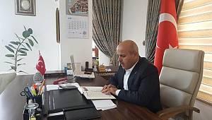 Belediye başkanı makamında Mehmetçik için fetih suresi okudu