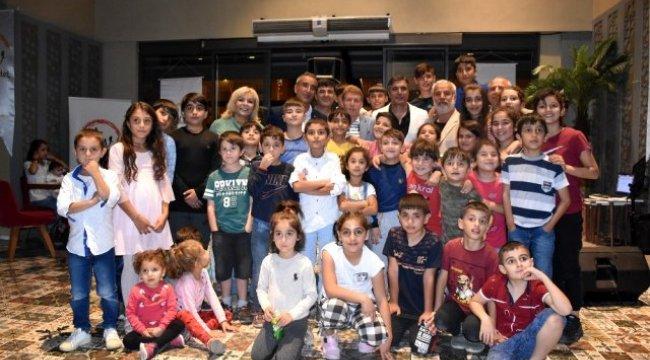 Sur mağduru çocuklar için gece düzenlendi