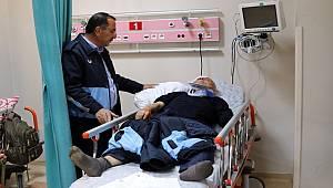 Van'da Zabıtalara Satırlarla Saldırdılar: 5 Yaralı