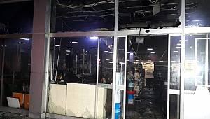 Denizli'de market yangını