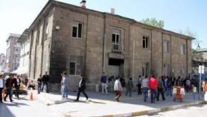 Tarihi bina 'Kültür Evi' olsun