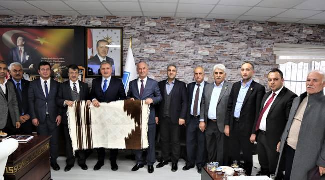 AK Parti Yerel Yönetimler Genel Başkan Yardımcısı Ahmet Çakır, Van'da Çeşitli Ziyaretlerde Bulundu.