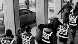 İRAN'DAN VAN'A KAÇAK YOLLARLA GİRDİLER