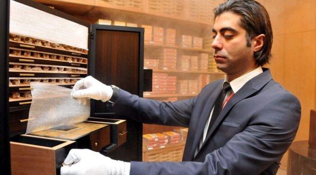 SON DAKİKA! Havalimanında 2.5 milyon liralık puro satışa çıktı