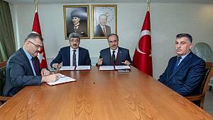 Türkiye Yeşilay Cemiyeti Van Şubesi arasında işbirliği protokolü imzalandı.