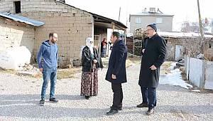Tuşba Belediyesinden Evi Yanan Vatandaşlara Ziyaret