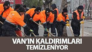 VANIN KALDIRIMLARI TEMİZLENİYOR