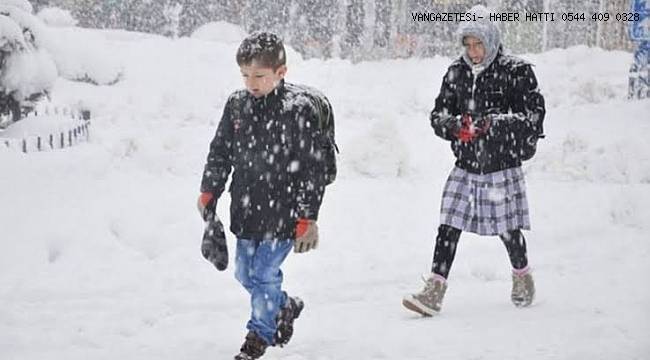 Van'da eğitime kar engeli! Okullar yarın tatil edildi