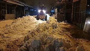 Van'da Kar Temizleme Çalışmaları Devam Ediyor
