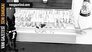 OPERASYON! BU ADAMLAR VAN'DA YÜRÜYEN CEPHANEYDİ - 2 Kişi Tutuklandı