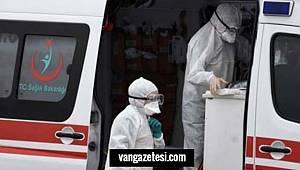 Van'da Koronavirüs için evde naylon eldiven üretimi