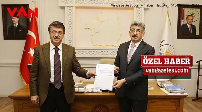 Van Ak Parti'den 1 Milyon Lira Destek! Van'da Bir alkış Ak Parti'ye