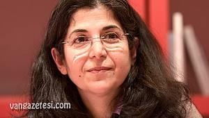 İran'da 61 yaşındaki bir kadına 6 yıl hapis verildi
