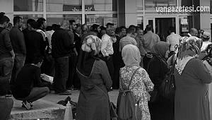İşkur'da görevli 8 çalışan koronavirüs çıktı - 25 kişi karantinada