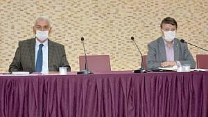 Türkmenoğlu, Büyükşehir Belediye Meclis Üyeleri ile toplantı yaptı