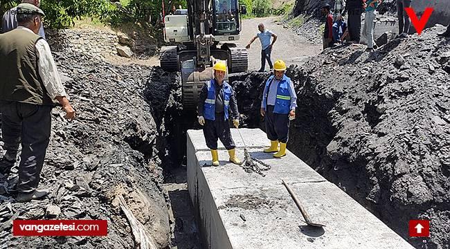 Van'da Sel Ve Su Taşkınlarına Karşı çalışma
