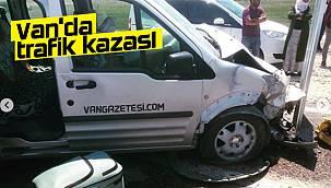 Van'da trafik kazası! 3 yaralı - O görüntüler böyle yansıdı