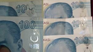 100 lira banknot hatasını fark edince soluğu... Hatalı basım paraları