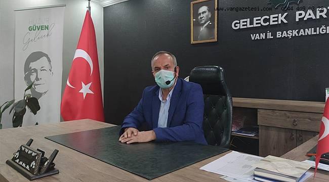 Gelecek Partisi Van İl başkanından maskeli yaka mikronu