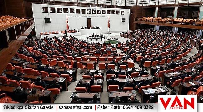 İdam cezası: TBMM'DE Siyasi parti ve hukukçuların görüşü ne?