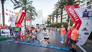 İzmir Yarı Maratonu koronavirüs koşusu