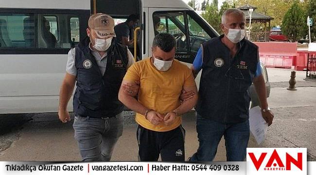 Operasyonda 6 yabancı uyruklu gözaltına alındı