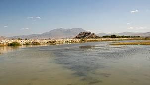 Türkiye'nin en güzel gölünde 45 ton çöp çıkartıldı