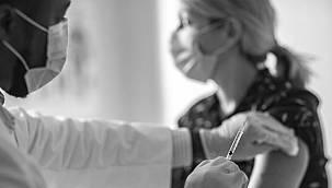 Covid aşısında son durum! İngiltere'de ilk grupların aşıları başlıyor