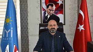 Abdullah Akbaş,'Siyasetçi ayrıştıran değil, birleştiren olmalı'