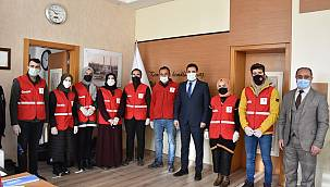 Genç Kızılay'dan Van SBÜ'ye ziyaret