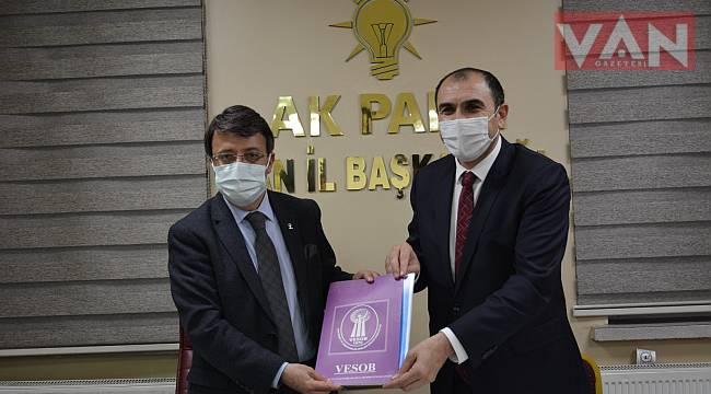 Türkmenoğlu,'Esnaflarımız bizim için büyük önem taşıyor'