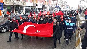 Van Çaldıran'da PKK'ya tepki yürüyüşü