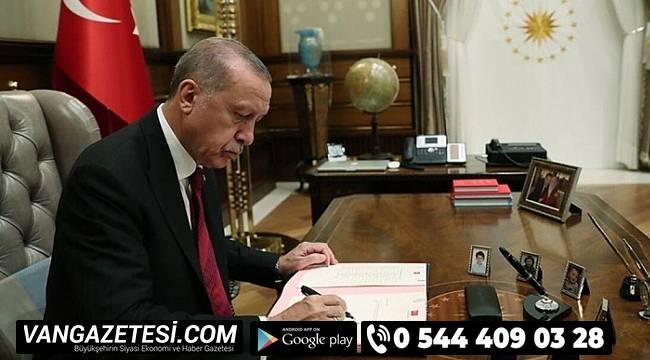 Türkiye'de 99 Kaymakam ve 2 Büyükelçi Merkeze Atandı