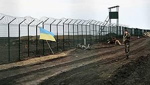 """""""Rusya Sınıra Asker Yığıyor'"""