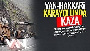 Van- Hakkari Karayolunda Kaza! 3 Asker Yaralandı