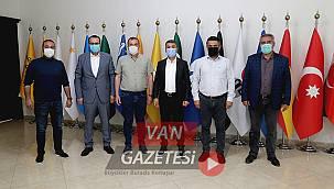 Bayram Öncesi Belediye Başkanı Esnaflara 1000 lira Destek Müjdesi