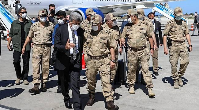 Jandarma Genel Komutanı Orgeneral Çetin Van'da