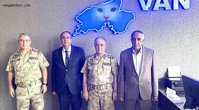 Kandaşoğlu'na Orgeneral ve Jandarma Genel komutanı ziyaret
