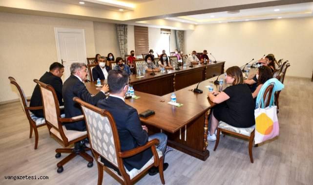Erasmus Öğrencilerinden Vali Bilmez'e Ziyaret