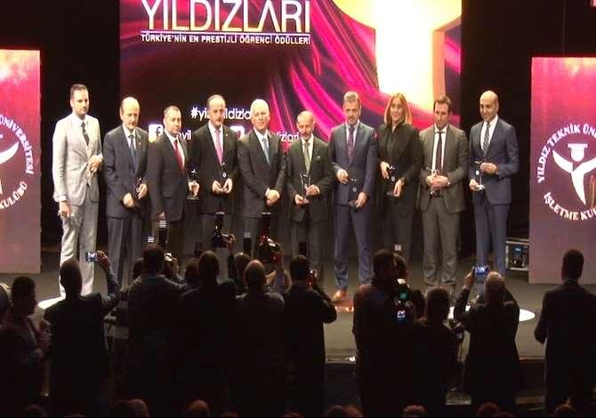 2015'in Yıldızları Düzenlenen Törenle Ödüllerine Kavuştu