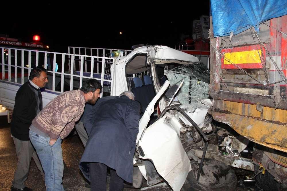 Alkollü Sürücü Ölüme Sürdü: 1'i Bebek 2 Ölü