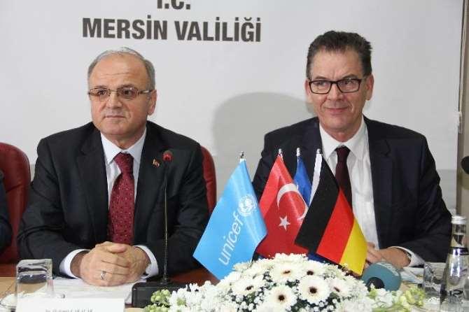 Alman Bakan Türkiye'yi Örnek Gösterdi