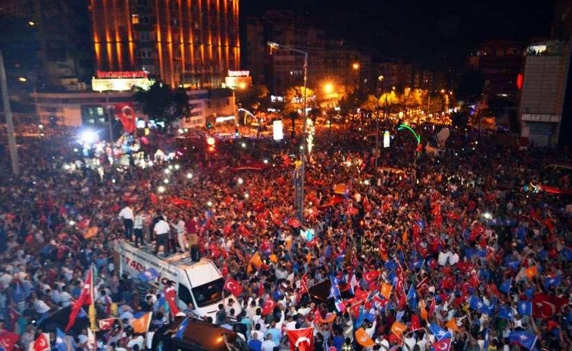 Antalya Darbeye Karşı Tek Yürek