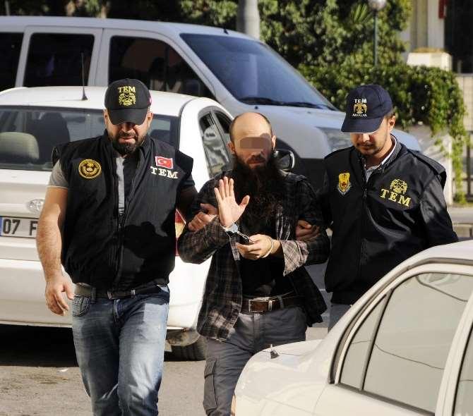 Antalya'da Işid Operasyonu : 2'si Rus 20 Gözaltı